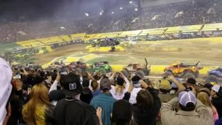 Monster jam world finals 18 Racing encore