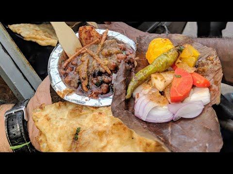 Surender Ke Chole Bhature At Kingsway Camp