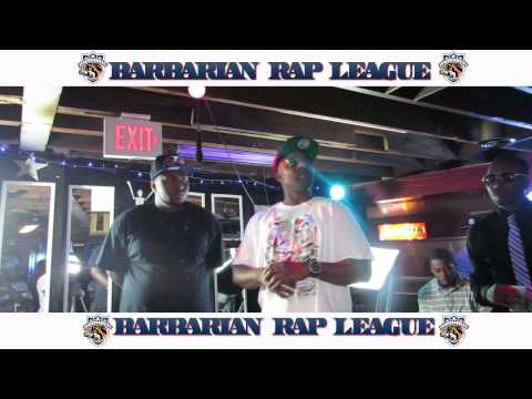 YoungFM vs Veks Barbarian Rap Battle