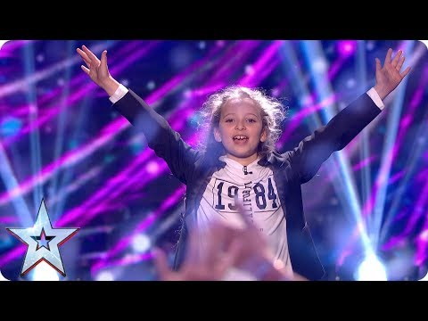 Issy Simpson loves her brother snow much with card trick | Grand Final | Britain's Got Talent 2017