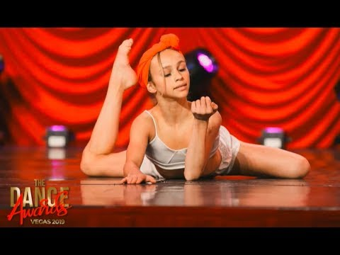 Ella Horan - Neat and Clean (The Dance Awards 2019) from YouTube · Duration:  3 minutes 2 seconds