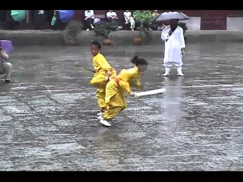 WUDANG Kungfu Martial Arts Performance Show... @ PurpleCloudTemple , Wudang Mountains !