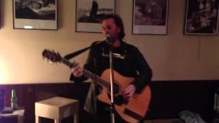 El cantautor Íñigo Coppel en La Estación de Neguri, viernes 23 noviembre 2012