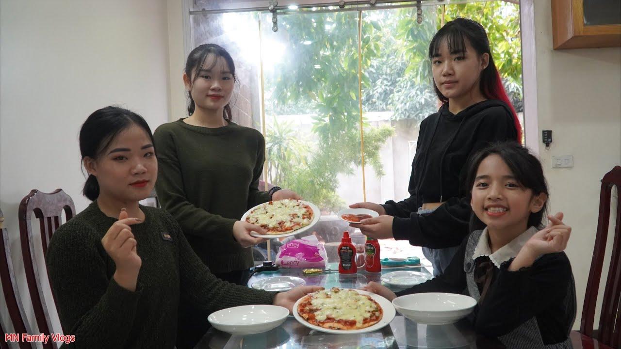 Khéo Tay Tự Nướng Pizza Bò Xúc Xích Phô Mai Tại Nhà Bằng Chảo và Cái Kết – MN Family Vlogs