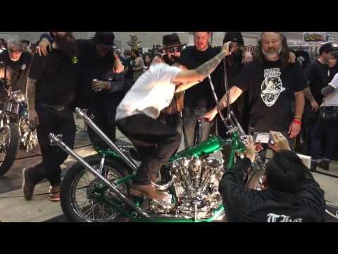 Chopper Daves show in Yokohama hot rod custom show 2016 mooneyes