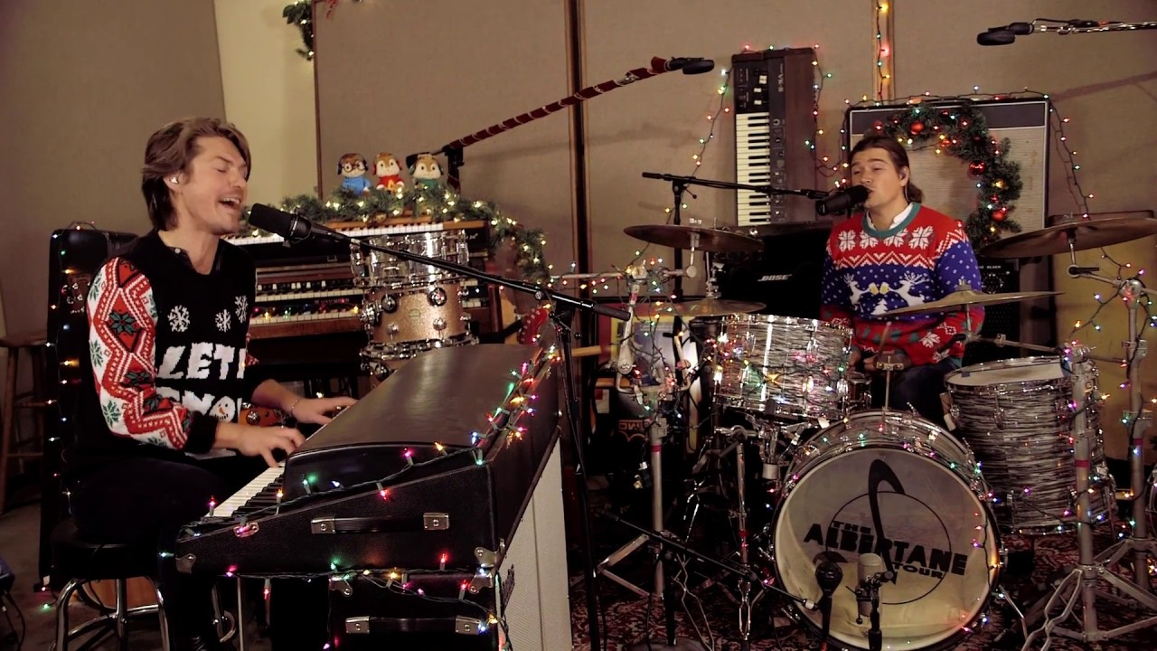 Finally Its Christmas: Live With HANSON - YouTube
