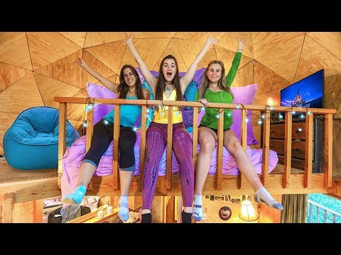 24 Hours in a TreeHouse with my Sisters