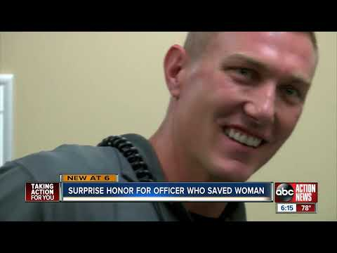 Largo Police officer recieves 'Back the Blue' award