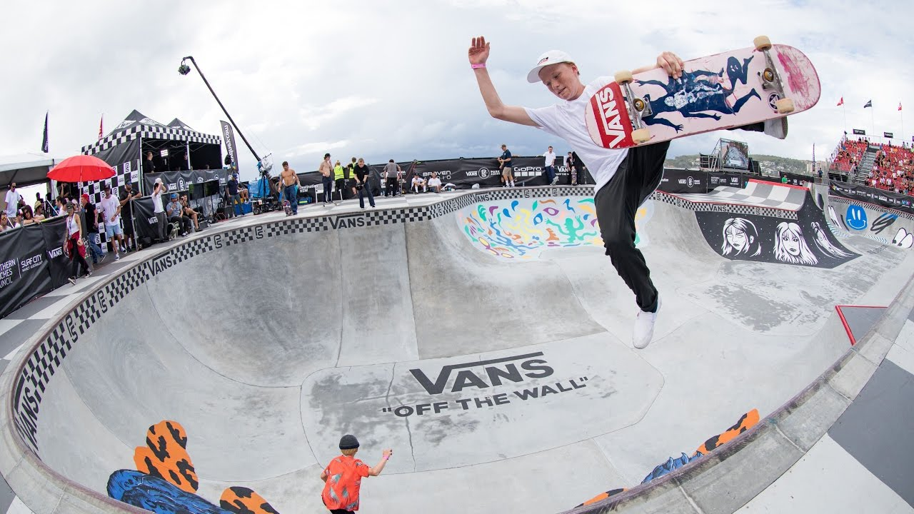 vans skate park a place i Vans skate park, located at the outlets at orange: vans skatepark offers a full retail store that includes a wide selection of the latest vans footwear and apparel a full skateboard pro shop is also housed in the facility, that offers everything you need for a custom or complete skateboard.