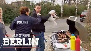 Frische Hotdogs: Was und warum wird hier gegrillt?   Auf Streife - Berlin   SAT.1 TV