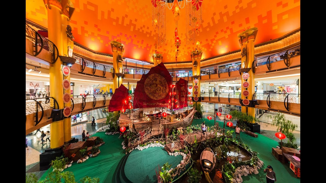 Shopping center chinese new year decoration youtube for Shopping in cina