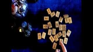 Руны. Гадание на одной Руне(В видео описаны основные принципы гадания на одной Руне., 2015-03-09T12:29:49.000Z)