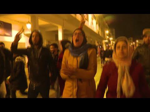 الشرطة المغربية تفرق مظاهرات الأساتذة المتعاقدين بخراطيم المياه  - 16:55-2019 / 4 / 25
