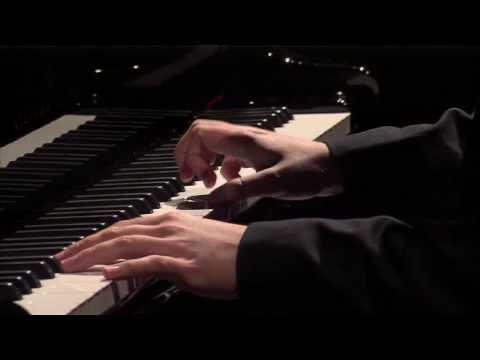 Haydn Sonata in C major Hob XVI:50 played by Ben Schoeman