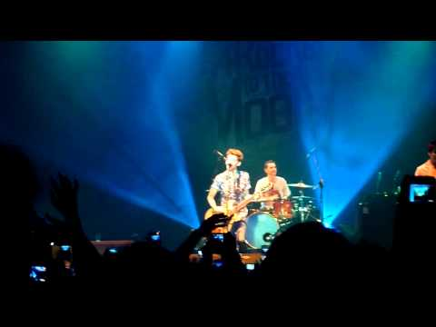 [HD] A Rocket To The Moon - Like We Used To (Live in Jakarta 2011)