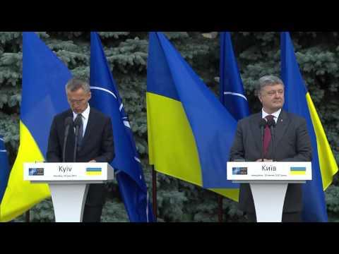 NATO Secretary General with the President of Ukraine, 10 JUL 2017