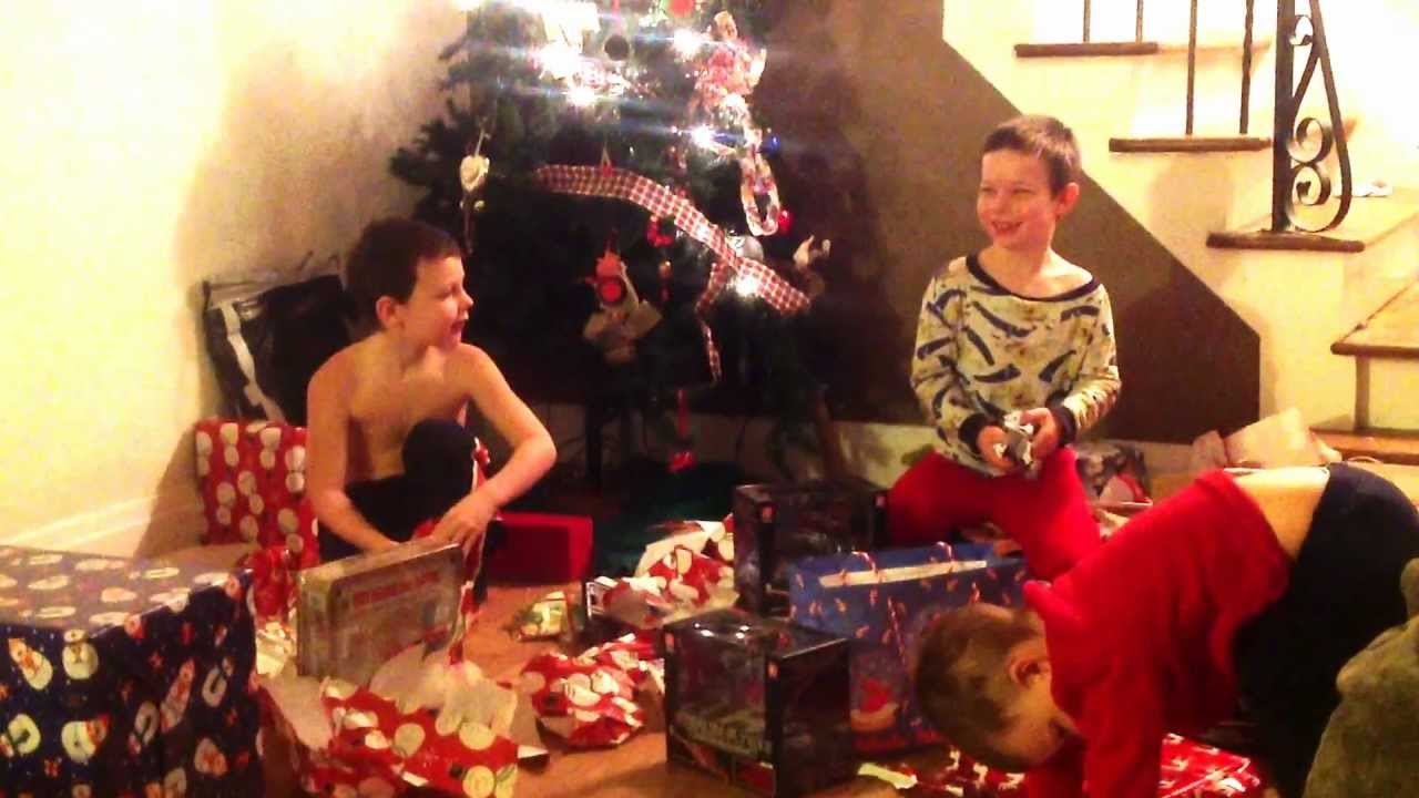 Christmas Presents For Boys.Boys Opening Christmas Presents