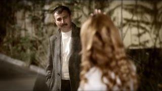 Video Azer Bülbül - Yine Düştün Aklıma (Official Video) download MP3, 3GP, MP4, WEBM, AVI, FLV Juni 2018