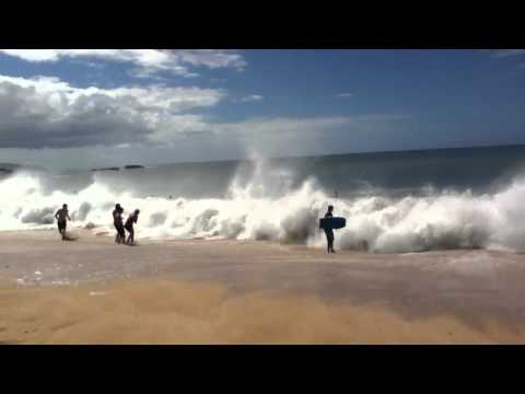 Crazy Waves in North Shore, Honolulu, Hawaii