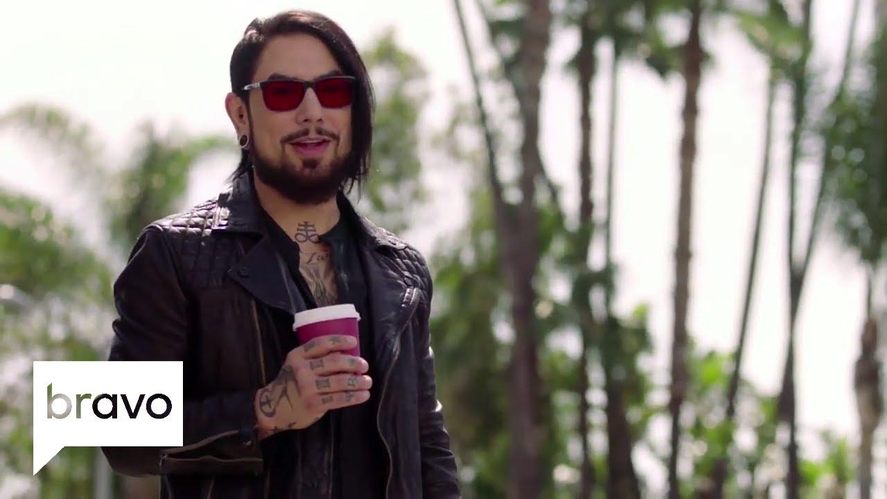 Download Odd Mom Out: It's Jill's Addiction - Dave Navarro (Season 3, Episode 8) | Bravo