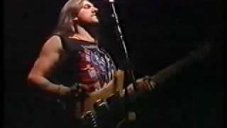 Motörhead - Traitor (Live in Suhl 1991)