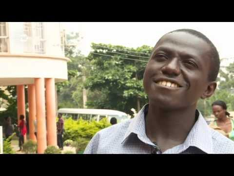 Uganda: Doing business with Paper Bags | Global 3000 thumbnail