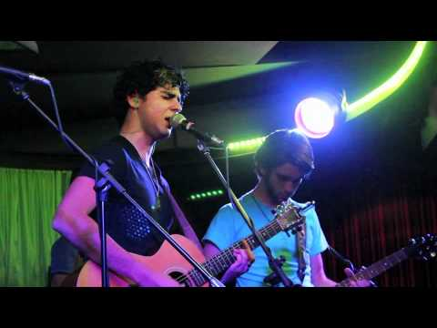 The Couches - Chasing Cars (Cover) LIVE