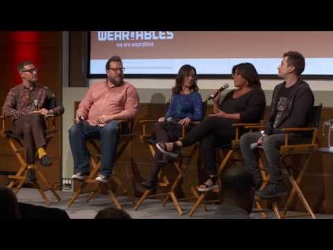 Panel: VR