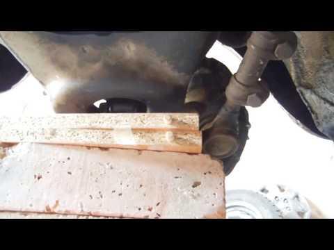 Замена сайлентблоков ВАЗ 2107 не снимая рулевые наконечники  и рычаг