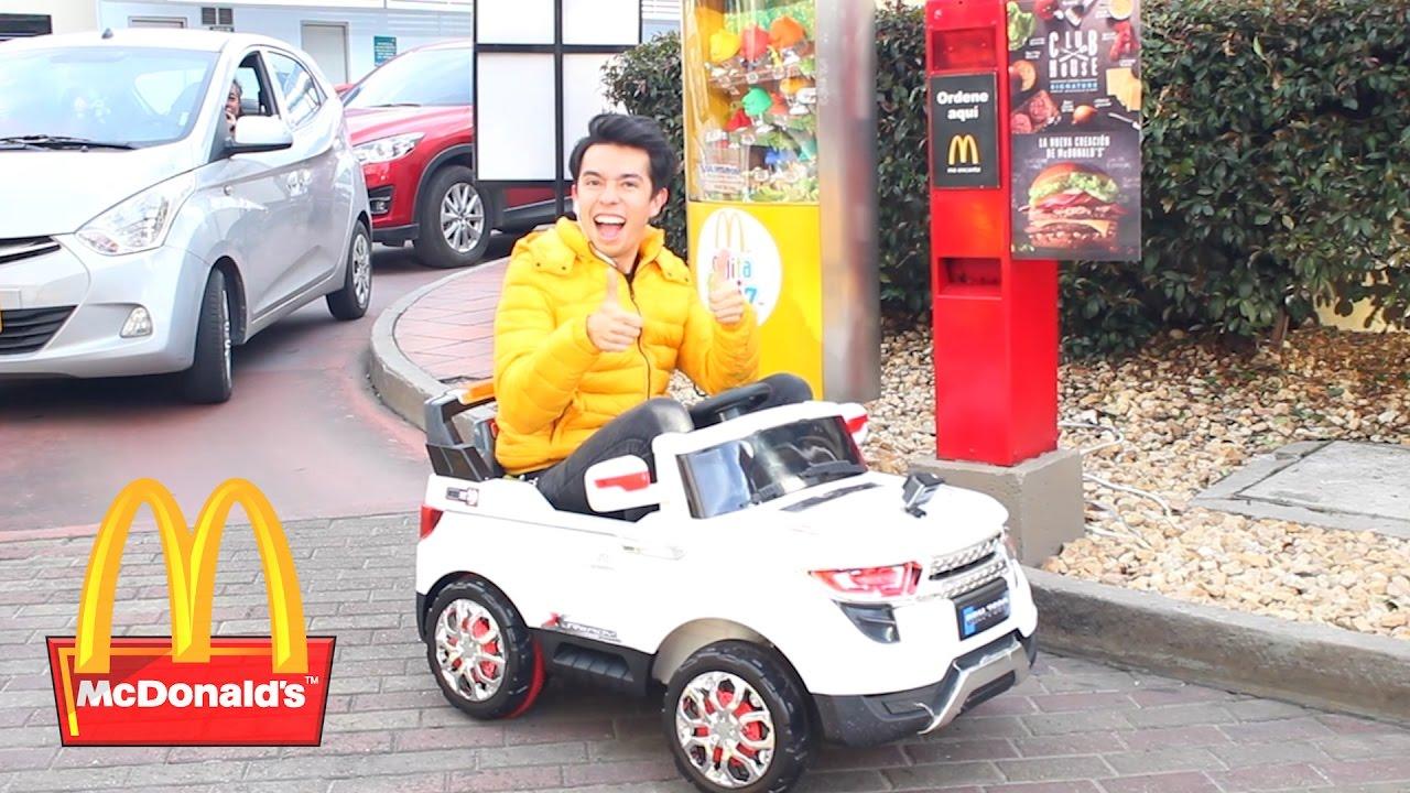 Voy A Mcdonald S En Un Carro De Juguete Ami Rodriguez Youtube