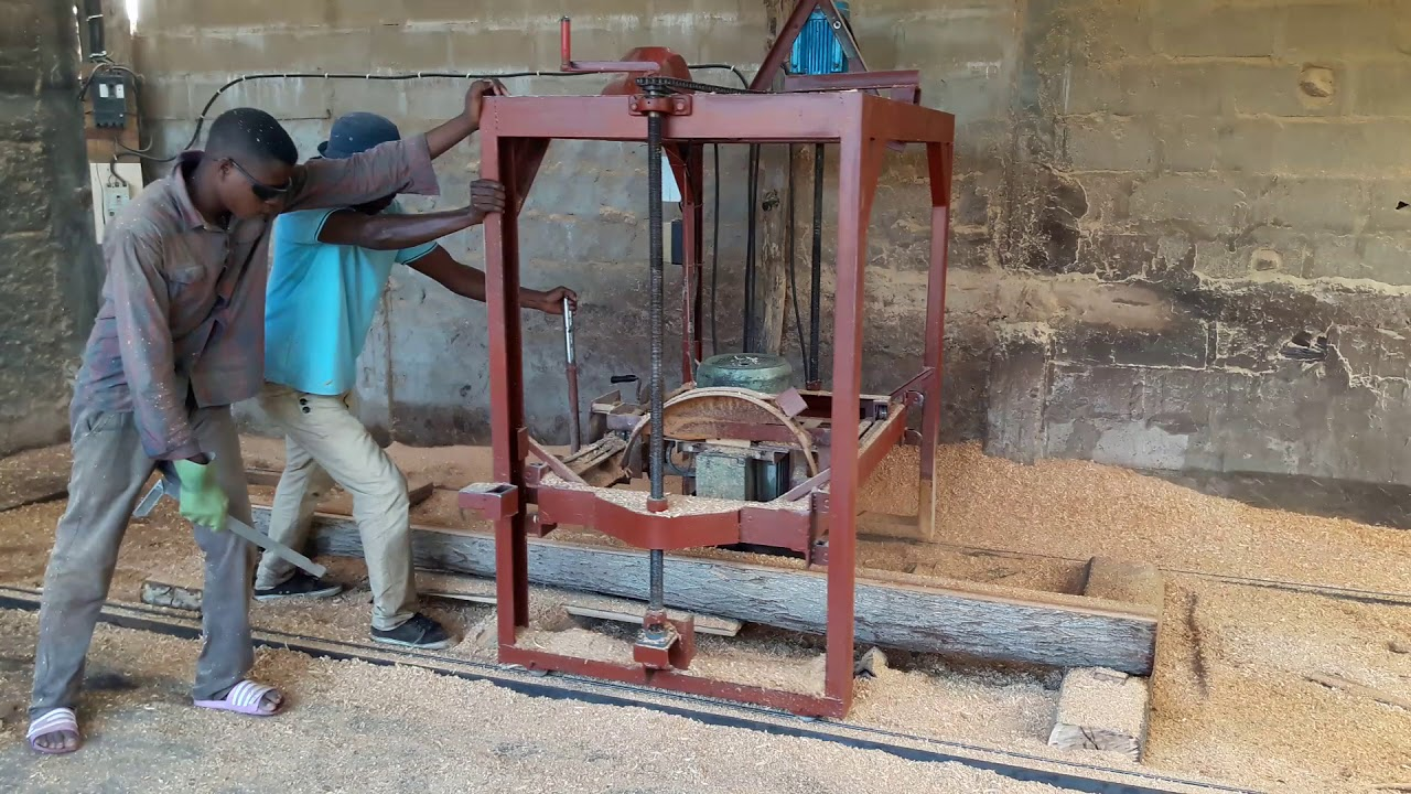Our homemade swing blade sawmill - YouTube
