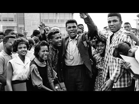 Did Muhammad Ali Throw His Gold Medal Into the Ohio River?
