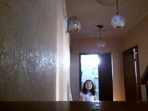Скрытая  камера . Слижу  за  мамой.