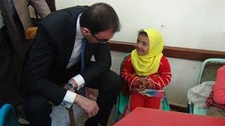 محمد سليم محافظ بني سويف يزور مدرسة منشأة طاهر الابتدائية بإهناسيا