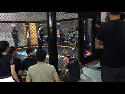 BJJ Blue Belt vs Muaythai Instructor : MMA Rule