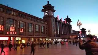 北京加紧防控入境关口  复工旅客述说疫情冲击