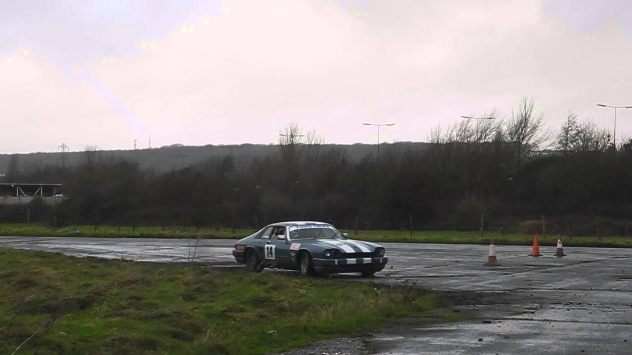 Richard Knott Autotest\'s a Jaguar XJS Race Car - YouTube