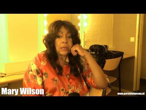 Mary Wilson (The Supremes) interview Jim Hoogendorp - video Ron Kemper (c) Nederlands Persfotobureau