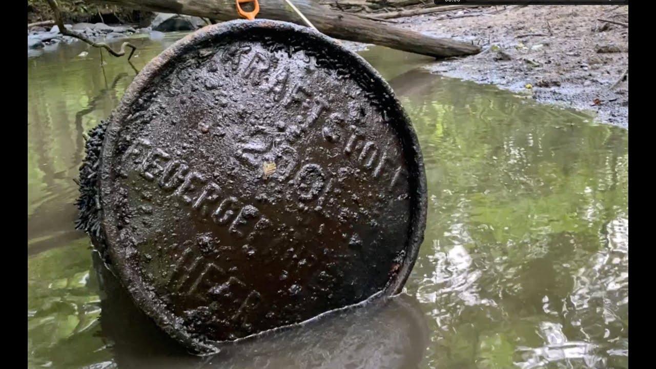 Коп по войне. Река с немецкими касками. River WW2 full of Steel Helmets. Kaliningrad region