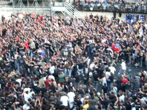 Première partie Metallica , Nîmes 7/072009 : Braveheart par Mass Hysteria