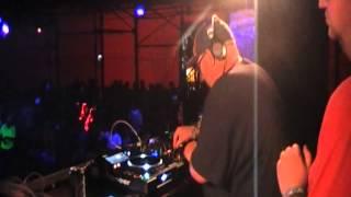 Vinyl Junkie & Sanxion ft MC Ribbz - The Temple - Glastonbury Fest 2014