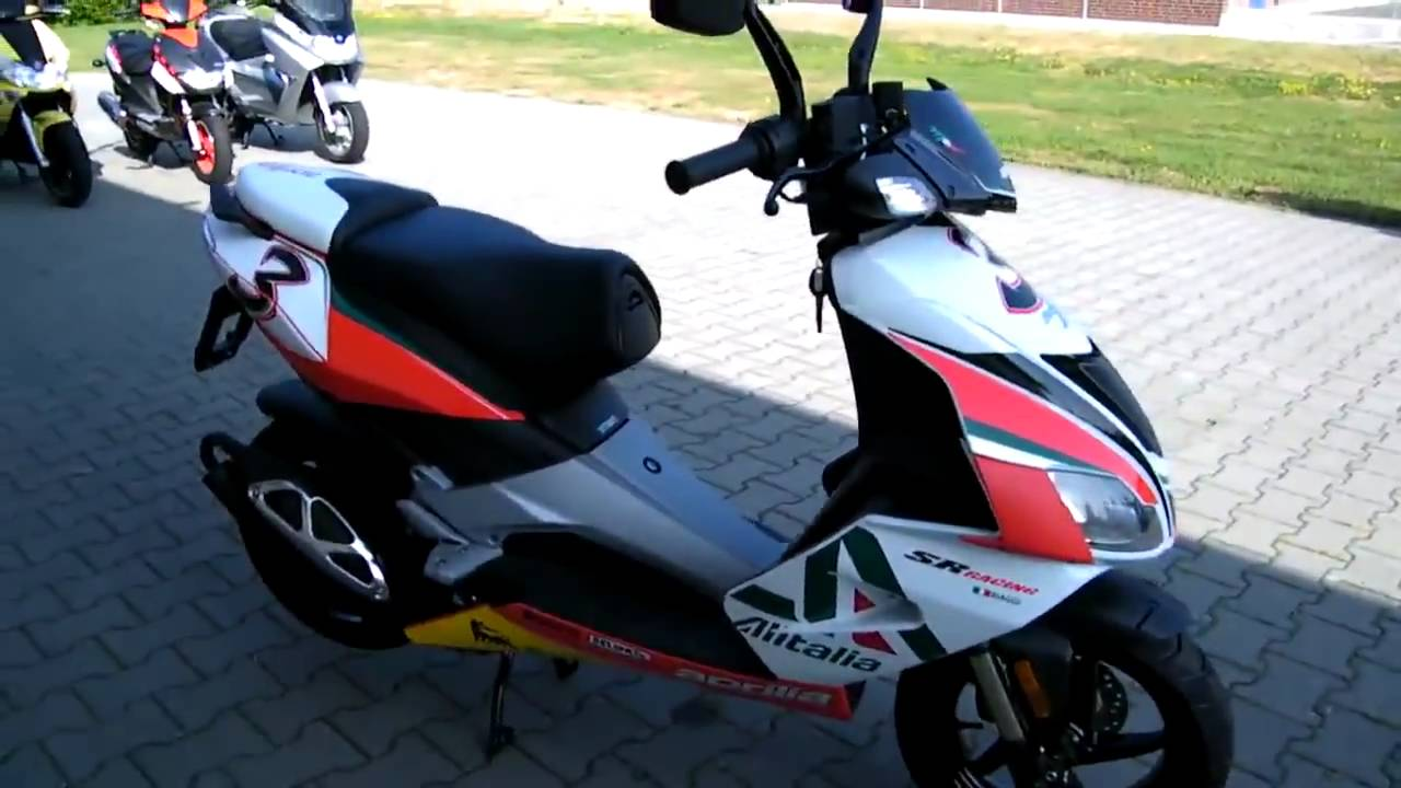 aprilia sr 50 r 2010 roller scooter alitalia youtube. Black Bedroom Furniture Sets. Home Design Ideas