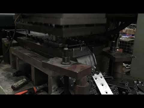 Metal stamping machine for hinge making
