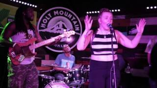 ChicagoMusic.com Interview with Lili K at SXSW 2015
