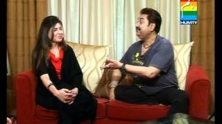 Kumar Sanu singing Mera Dil Bhi Kitna Pagal Hai