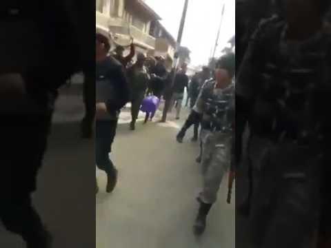 कश्मीर में हमारे जवानों से ऐसा सलूक? वीडियो देखेंगे तो खून खौल जाएगा... #MOJO अन्य वीडियो के लिए क्ल