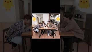 [2PM 우영] 크레파스 냄새 킁킁 맡는 장우영 어린이 #shorts