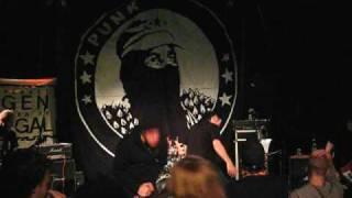 Avskum - Kapitalismens Yttersta Dagar with Linus from Burst, live in gothenburg