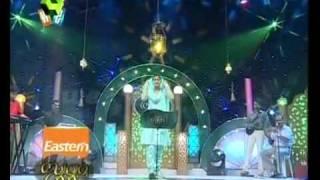 Suruma Surumi sings 'Ethi Minnathani...'.flv