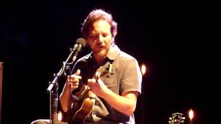 Eddie Vedder - Without You (Aug 27, 2016)